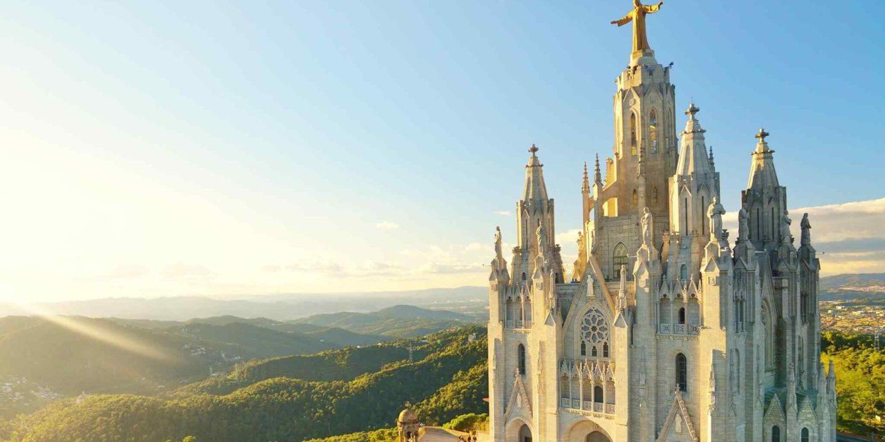 https://travelgranadatour.com/wp-content/uploads/2018/09/destination-barcelona-02-1280x640.jpg