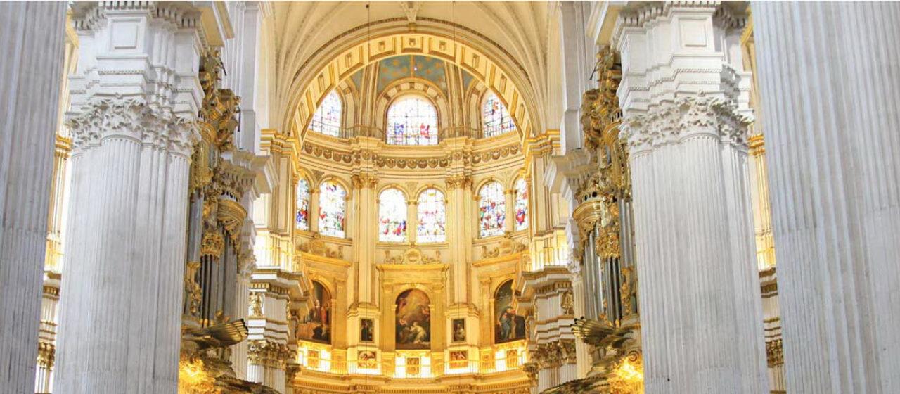 https://travelgranadatour.com/wp-content/uploads/2020/05/Catedral-de-Granada-1280x560.jpg