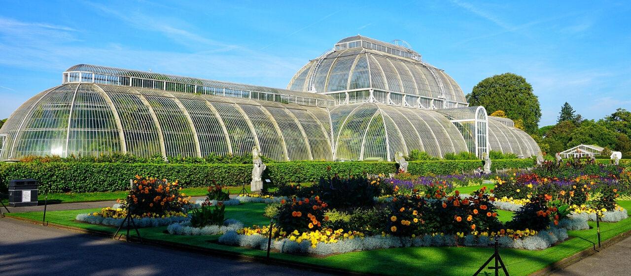 https://travelgranadatour.com/wp-content/uploads/2020/05/Jardín-Botánico-Londres-1280x560.jpg